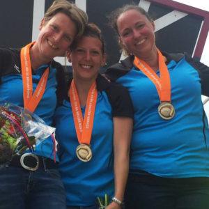 Nationale kampioenen Tripletten vrouwen: Karin Zantingh, Selena van der Hoef en Judith van den Eijnden