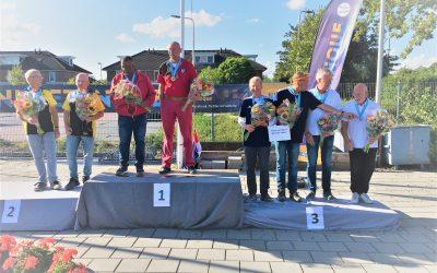 Junior de Jong en Rajen Koebeer winnen NK doubletten veteranen