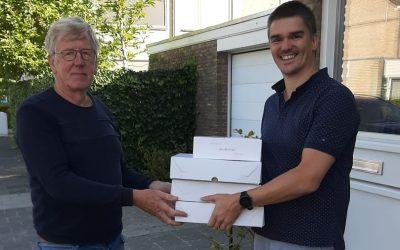 50 Bossche Bollen uitgereikt aan Boulesbaas van de Parade 's-Hertogenbosch